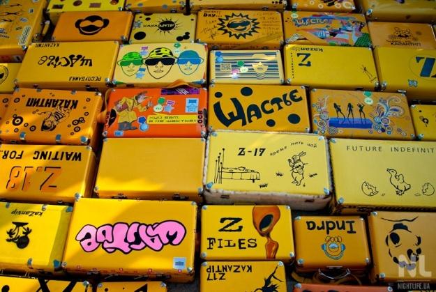 детские чемоданы на колесах disney